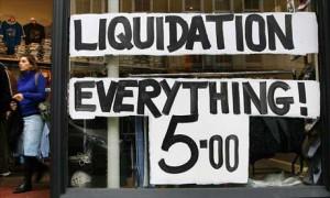 «Liquidação. Tudo a 5 dólares»