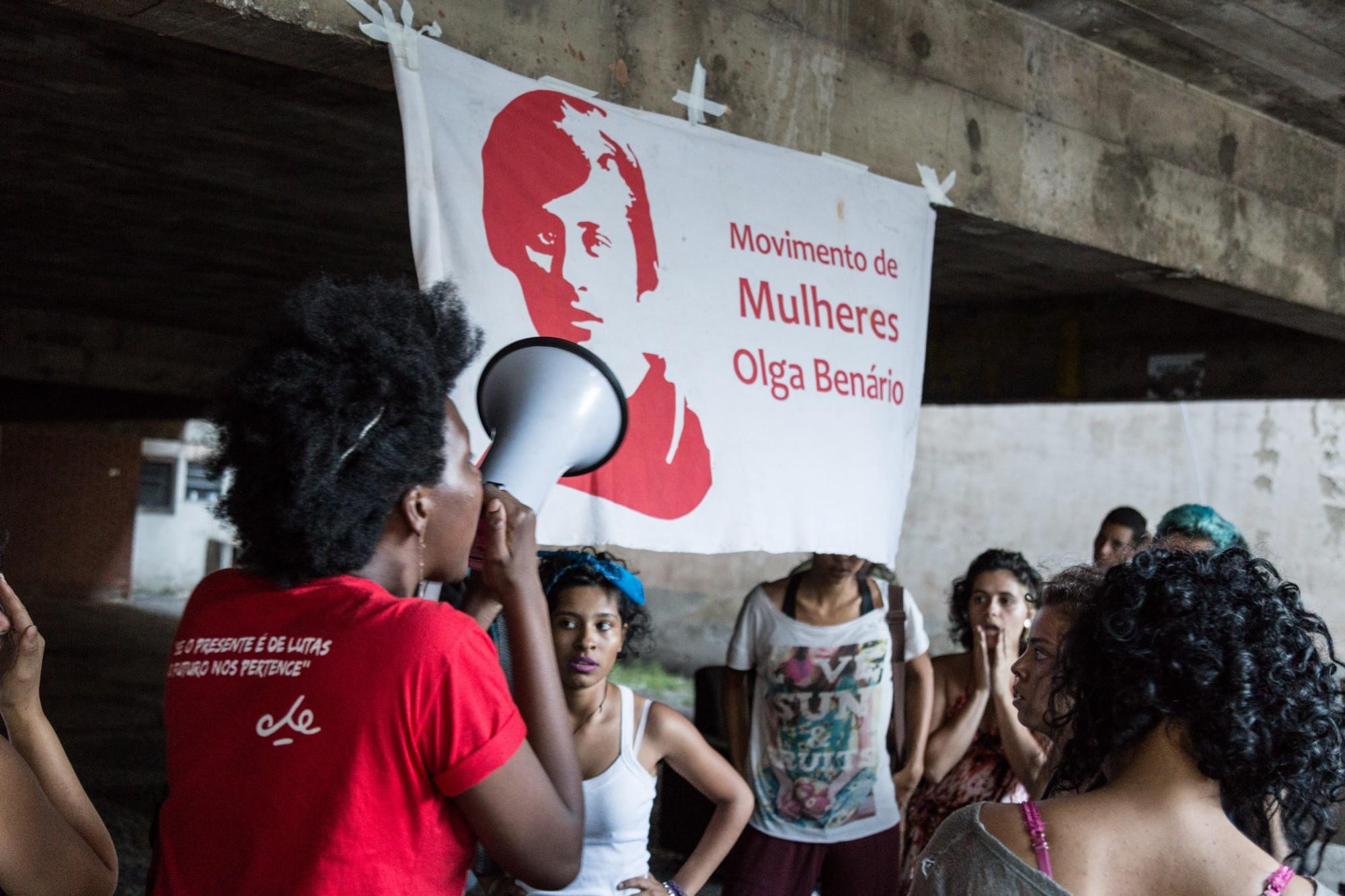 25 JUL 2017 (Mauá-SP) Movimento de Mulheres Olga Benário ocupa casa abandonada