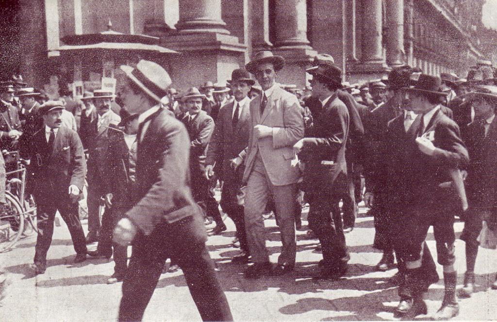 Ainda não sabiam que eram fascistas. 1) Corradini e os sindicalistas revolucionários