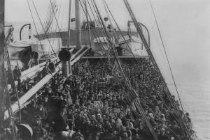 Navio com emigrantes italianos