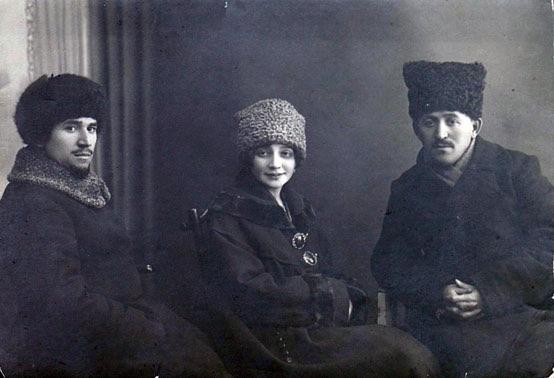 Sultan-Galiev, Fatma Erzina e I. K. Firdevs em 1919