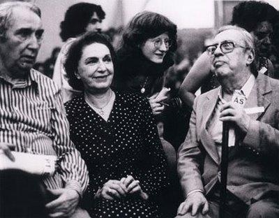 Mário Pedrosa com Lélia Abramo e Sérgio Buarque de Holanda