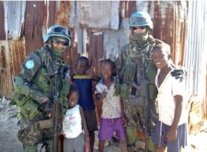 Soldados brasileiros em missão de paz da ONU no Haiti