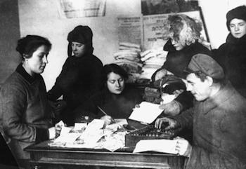 Burocracia no escritório de um soviete