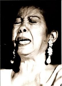 "Fernanda de Utrera, intérprete de ""cante jondo""."