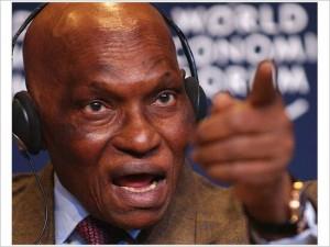 Abdoulaye Wade, nosso velho conhecido, no Fórum Econômico Mundial (2004)