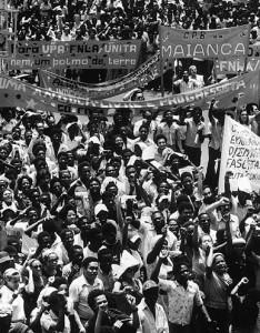 Manifestação de massa em Angola