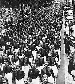 Desfile Integralista: te fez lebrar de alguma coisa?